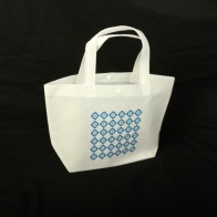 1色印刷で実現デザイン性の高いオリジナル不織布バッグ