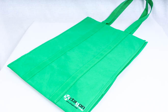 テレビ番組の企画・制作等をされている企業様のオリジナル不織布バッグ