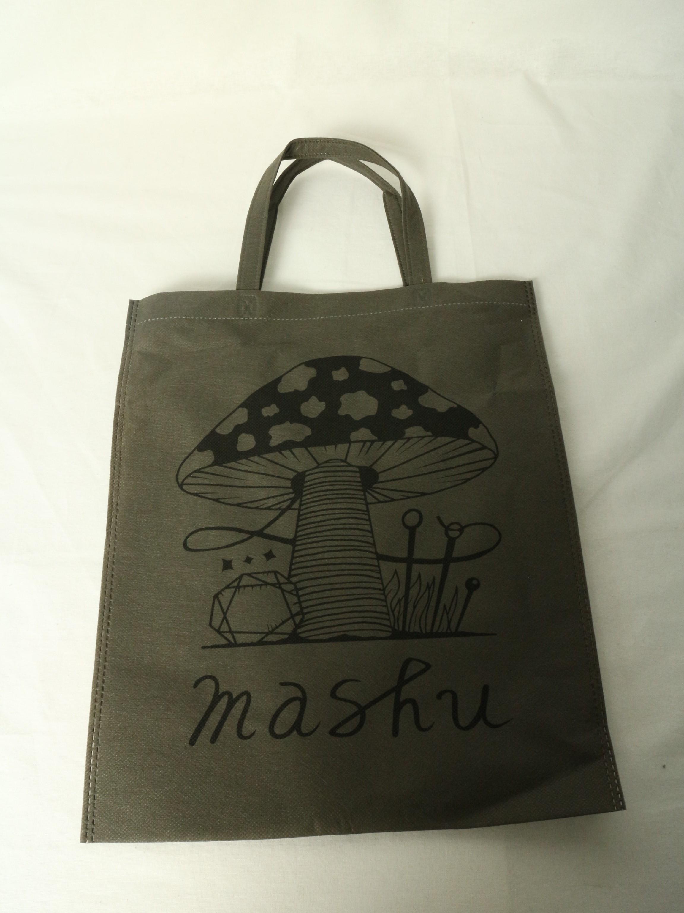 ファッション雑貨ブランド様のオリジナル不織布バッグ