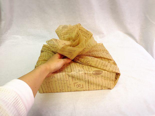 試しに不織布シートで箱を覆う
