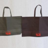 クリーニング店様で使用される不織布バッグ